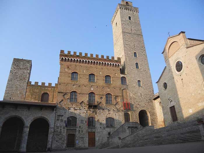 San Gimignano, Palazzo Comunale