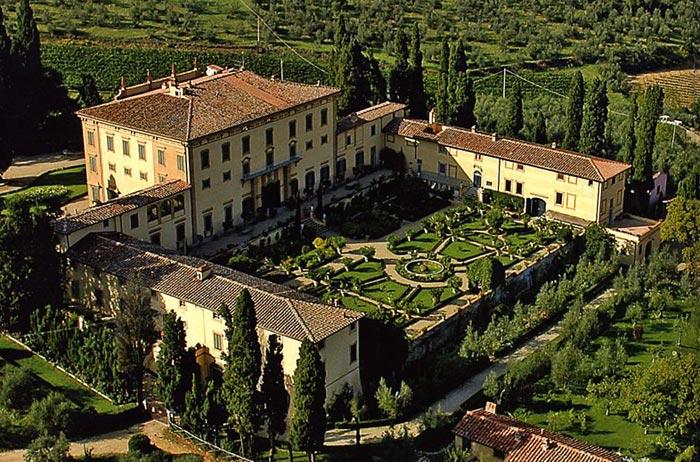 gardens in tuscany the villa poggio torselli podere. Black Bedroom Furniture Sets. Home Design Ideas