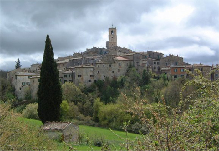 tuscany travel guide san casciano dei bagni allerona palazzone fighine celle sul rigo and ponte a rigo the surroundings of casa santa pia