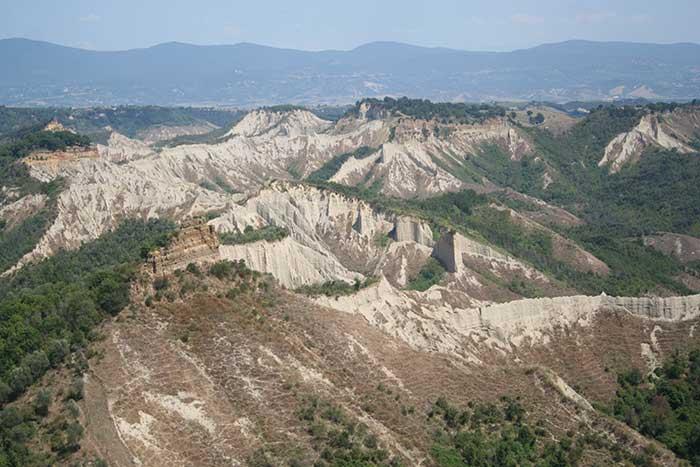 La Valle dei Calanchi, Civita di Bagnoregio